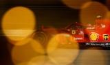 Райкконен показал лучшее время во второй практике в Бахрейне